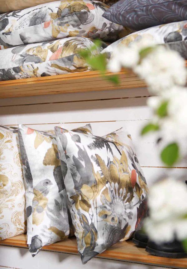 Anemone Cushion cover 48x48