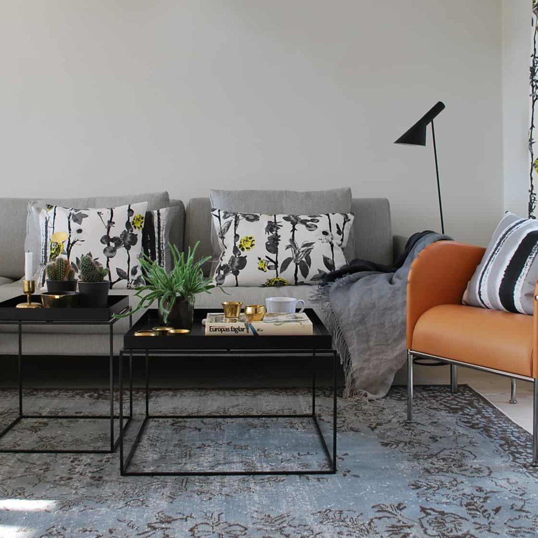 Mairo kuddar mönster Flowerwall vardagsrum inspiration